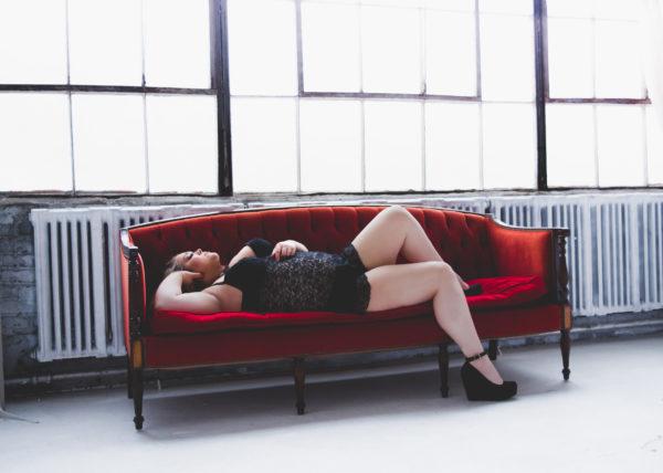 boudoir photos plus size